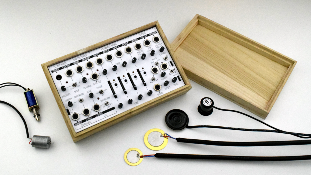 Field Kit Electro Acoustic Workstation